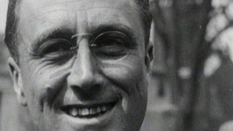 an analysis of franklin d roosevelt who brought the new deal into americans life Fdr: the president who made america into a superpower franklin delano roosevelt served 12 years in the white house, laying the groundwork for modern america.