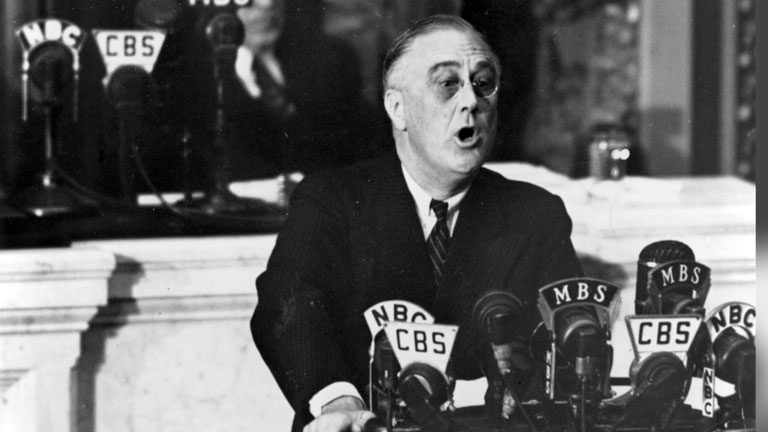 an introduction to the political changes in the united states in the 1930s and franklin roosevelt