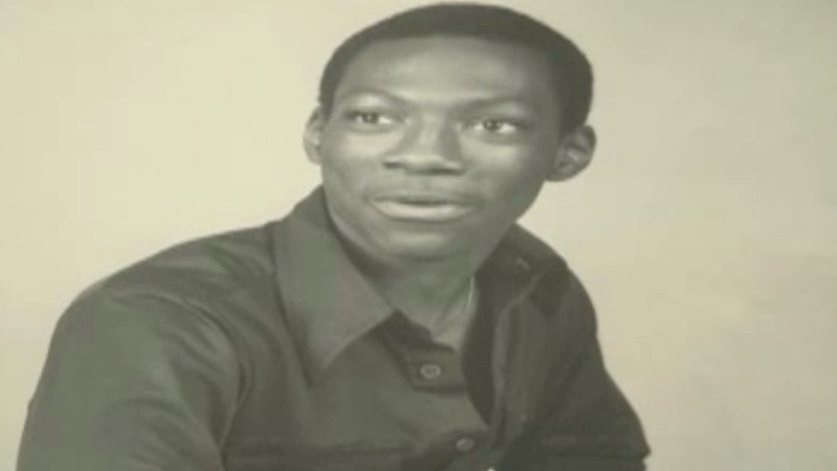 Eddie Murphy - Child Comic  TV-14  01 02  Eddie Murphy describes    Eddie Murphy 1980