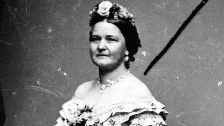 mary todd lincoln Kids learn about the biography and life of mary todd lincoln including where she  grew up, meeting abraham lincoln, the civil war, life in the white house, and.