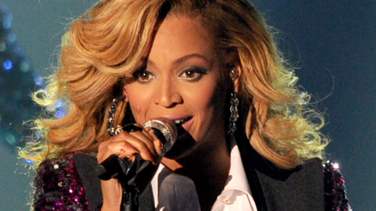 beyonce mini biography tv 14 3 50 beyonce knowles catapulted to fame ... Beyonce Knowles