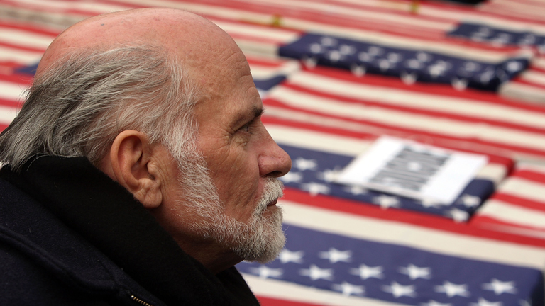 a biography of ron kovic Ron kovic's wiki: ronald lawrence ron kovic (born july 4, 1946) is an american anti-war activist, writer, and former united states marine corps sergeant, who was wounded and paralyzed in the vietnam war he is best known as the author of his 1976 memoir born on the fourt.