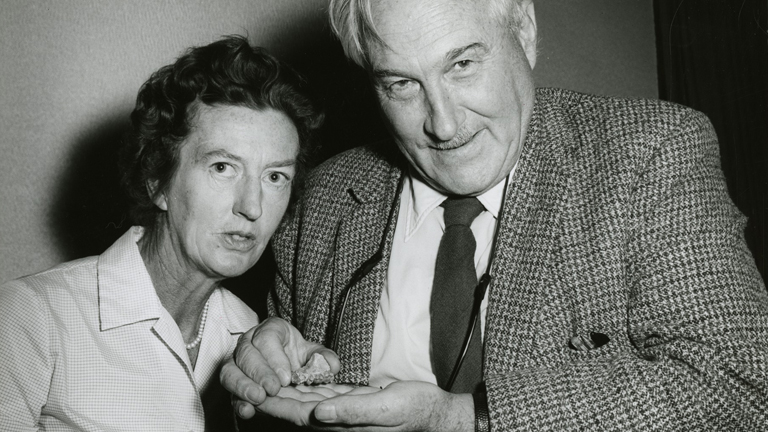 a biography of mary leakey an anthropologist Mary leakeyjpg british paleoanthropologist wikipedia-logo-v2svg wikipedia  date of birth, 6 february 1913 london date of death, 9 december 1996.