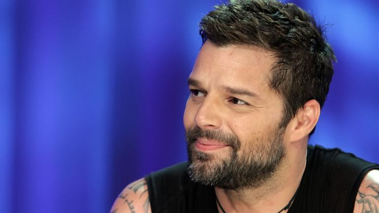 RICKY MARTIN - Biography - Singer - Biography.