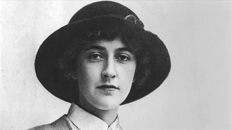 「Agatha Christie」の画像検索結果