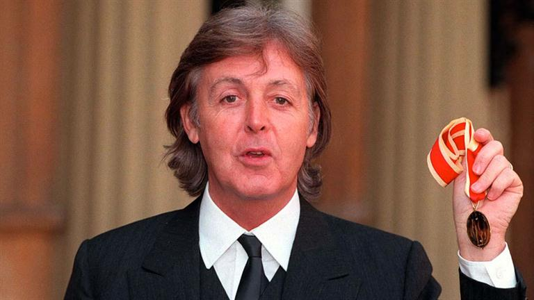 the life of paul mccartney Paul mccartney has 1,117 ratings and 183 reviews susan said: having been a fan of the beatles, and paul mccartney in particular, for most of my life, i.