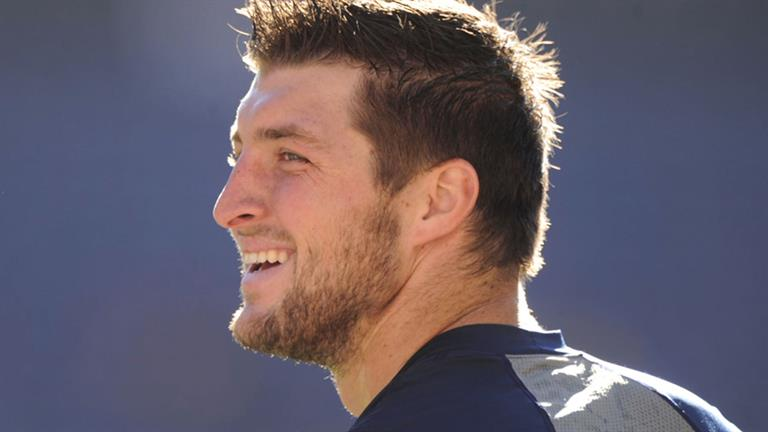 a biography of tim tebow Playing with purpose: inside the lives and faith of the nfl's top new quarterbacks -- sam bradford, colt mccoy, and tim tebow sep 1, 2010.